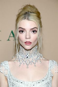 "Anya Taylor-Joy in Vintage Bob Mackie at the ""Emma"" Los Angeles Premiere Vintage Bob, Joy Taylor, Anya Taylor Joy Split, Anya Joy, Bob Mackie, Wedding Humor, Woman Crush, Girl Crushes, Beautiful People"