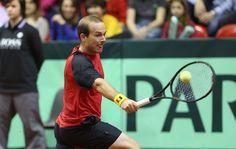 Olivier Rochus in actie tijdens het Davis Cup-duel tegen Servië (2013)