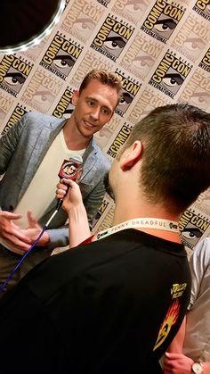"""joblocom: Chatting with the man Tom Hiddleston about #CrimsonPeak at #SDCC"". Tweet: https://twitter.com/joblocom/status/619931115793551360"