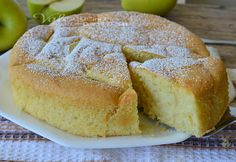 Torte soffice con panna e mele ricetta dolce,una ricetta per una torta di mele che si scioglie in bocca,semplicissima e molto golosa, con panna nell'impasto