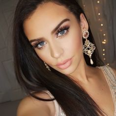 """""""NEW Rose Gold New Year's Eve makeup video just went up!! Direct link in my profile Earrings are @ludoraboutique Code: carlibybel for 10% off Also…"""""""