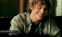 Evan Peters - such a perfect smile