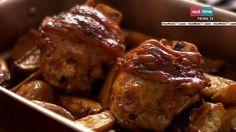 """La ricetta degli stinchi di maiale alla birra di Nigella Lawson, della terza puntata di """"Cucina con Nigella"""", su Real Time."""