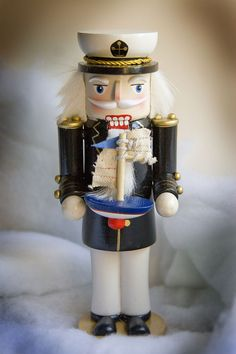 Nautical Nutcrackers - Sea Captain
