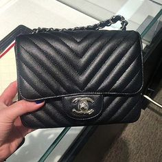For all bag lovers out there, you'll fall in love once more with the latest bags from the world-renowned French fashion house, Chanel. Chanel came out with the newest and modern take on the classic…