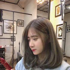 Haircuts Straight Hair, Haircuts For Medium Hair, Medium Hair Styles, Curly Hair Styles, Pink Blonde Hair, Light Blonde Hair, Light Hair, Ulzzang Short Hair, Korean Short Hair
