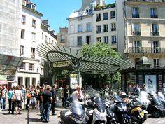 Paris, Métropolitain, Entrée de la station Chatelet, arch. Hector Guimard