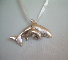 e2fd26e48010 ORCA KILLER WHALE Mom   Baby Pendant-Vintage Sterling Silver Pendant-Fish  Mammal Nautical Ocean Sea Life-Dimensional-Native Pacific Nw-00697