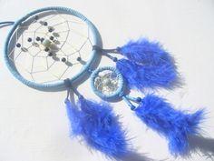 Larimar und Sodalith im blauen Schlafhüter von Hochwertige  Traumfänger, Schmuck, Bilder u.v.m. auf DaWanda.com