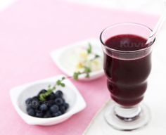 Shop Kuvings juicers, blenders, and parts today! Fresh Juice Recipes, Healthy Recipes, Cold Press Juicer, Blueberry Juice, Organic Blueberries, Non Organic, Juice Smoothie, Smoothies, Organic Cleaning Products
