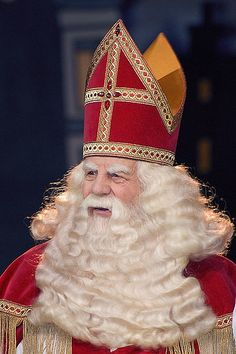 Christmas in The Netherlands with traditions, Dutch Sinterklaas, and 2 Christmas cookie recipes.