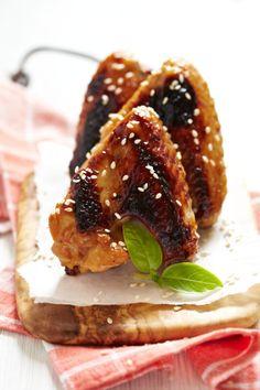 Moore's Asian Teriyaki Baked Wings Ingredients 1 cup Moore's Asian Teriyaki Wing Sauce 1 lb frozen chicken wings, thawed sesame seeds, if desired