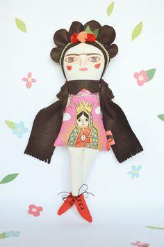 Frida Kahlo Cloth doll by Mandarinas De Tela #MandarinasDeTela www.mandarinasdetela.etsy.com