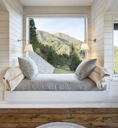 21 reading nooks that are too cozy for words