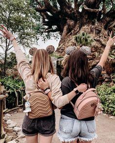 Cute Disney Pictures, Disney World Pictures, Cute Friend Pictures, Best Friend Pictures, Disney Day, Disney World Vacation, Disney Girls, Bffs, Bestfriends