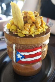 Mofongo relleno de pollo. El Pilon Borincano. La Guancha, Ponce PR Food