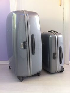 Holiday Heaven! Samsonite Brite Lite Suitcases.