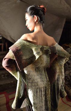 manteau en feutre hybride, Présentation de création de Françoise Hoffman, Fashion Week 2013 à Hanoi Vietnam