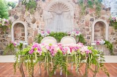 Romantic San Miguel de Allende coupled with Belmond Casa de Sierra Nevada makes for the perfect destination wedding.