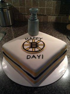 Boston Bruins Birthday Cake! Someone please make this for my birthday!!