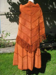 1970's Womens High Waist Leather Suede Midi por kathysfuncreations