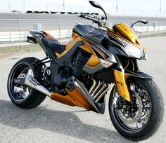 Kawasaki Z1000 Tuning - http://www.men-know-why.com/kawasaki-z1000-tuning/