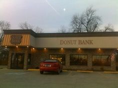 """Evansville, IN: Donut Bank Bakery and Coffee Best Donut's EVER!!! Soooo miss Donut Bank, I hit it up every time I visit """"home!"""""""