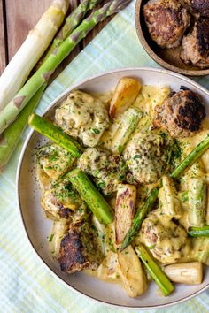 Healthy Low Carb Recipes, Ketogenic Recipes, Sauce Hollandaise, Law Carb, Best Asparagus Recipe, Cena Keto, Albondigas, Low Carb Diet, Eating Plans