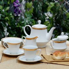 Noritake Signature Gold Tea Set of Seventeen Pieces,Coffee & Tea Sets-Tea-Sets