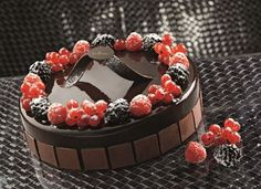 Torta seduzione Gourmet Desserts, Sweet Desserts, Mousse, Bingsu, Dessert Bread, Ice Cream, Chocolate, Cake, Food