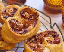 De lekkerste recepten met vers deeg - Tante Fanny Pesto, French Toast, Breakfast, Food, Morning Coffee, Essen, Meals, Yemek, Eten