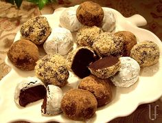 "Dark, smooth, rich…sugar free chocolate truffles, Low Carb - ""Stats will vary depending on the type of chocolate, and the size.  But…it's CHOCOLATE.  Good for you in small pieces!"""