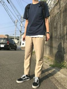 20 Daily Outfits for Men with Minimal Fashion - Outfit Styles Korean Fashion Men, Boy Fashion, Mens Fashion, Fashion Outfits, Fashion Ideas, Fashion Inspiration, Stylish Mens Outfits, Simple Outfits, Mode Man