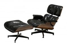 Brazilian Rosewood Charles and Ray Eames Lounge Chair and Ottoman image 11 Retro Furniture, Industrial Furniture, Cool Furniture, Furniture Design, Charles & Ray Eames, Shaker Style, Chair And Ottoman, Mid Century Furniture, Modern Chairs