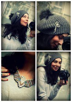 Le titre aurait pu être pourtant tellement simple : c'est le pompon ! Doublement....De la neige ? Un 12 mars ? Seriously ? (oui je regarde trop Grey's anatomy...) ! Bref on en croyait pas ses yeux ... Bonnet Crochet, Knit Crochet, Chapeaux Bonnet Slouchy, Bonnet Rasta, Newborn Crochet Patterns, Scarf Hat, Beret, Knitted Hats, Winter Hats