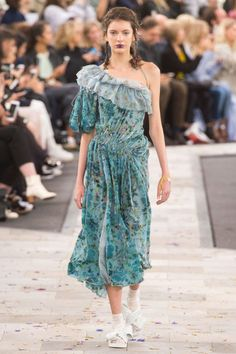 Spritely dresses in soft florals looked romantic while a handful of polo shirts evolved into dresses or covered in ruffles brought in a sporty vibe.