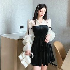 Bad Girl Aesthetic, Aesthetic Clothes, Korean Fashion, High Fashion, Womens Fashion, Black And White Shirt, Korean Dress, Elegant Outfit, Designer Dresses