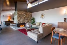 Mid Century Architecture - California  Neautra-Dailey-House-1-e1358204006475.jpg (602×401)