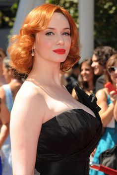Christiana Hendricks hot images and Photos with Biography. Biography of Christiana Hendricks is very interesting. Actress Christina Hendricks now famous personality but she took hard effort to reach here. She is an American actress and also former. Beautiful Christina, Beautiful Redhead, Beautiful Women, Christina Hendricks, Cristina Hendrix, Sexy Older Women, Celebs, Celebrities, Fashion Kids