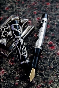 Marveolus  fountain pen with Mucha decor, remember the Esterbrook pen?