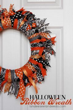 impact but super easy! Landee See, Landee Do: Halloween Ribbon Wreath--could make for any holiday! halloweenribbonBig impact but super easy! Landee See, Landee Do: Halloween Ribbon Wreath--could make for any holiday! Table Halloween, Soirée Halloween, Halloween Ribbon, Dollar Store Halloween, Holidays Halloween, Halloween Decorations, Halloween Wreaths, Outdoor Halloween, Holiday Wreaths