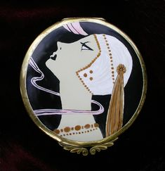 Art Deco flapper compact