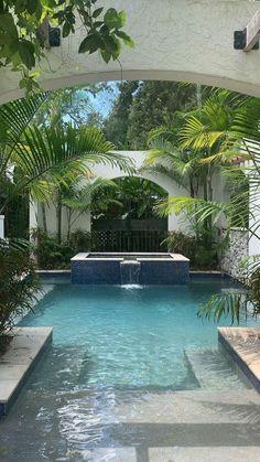 Backyard Pool Landscaping, Backyard Pool Designs, Small Backyard Pools, Landscaping Ideas, Patio Ideas, Oasis Backyard, Modern Backyard Design, Pool Landscape Design, Backyard Beach