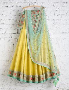 SwatiManish Lehenga SMF LEH 154 17 Sunny yellow lehenga with ocen blue dupatta and threadwork blouse
