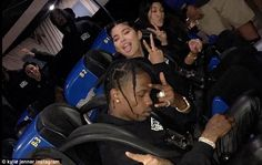Kylie Jenner throws epic bday bash for Travis Scott at Six Flags because hes never been Kardashian Family, Kardashian Jenner, Six Flags, Travis Scott Kylie Jenner, Kylie Jenna, Cute Relationship Goals, Mode Streetwear, Celebrity Couples, Zendaya