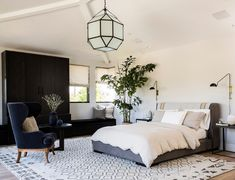 20 Beautiful Black Chairs in the Bedroom