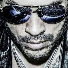 Lenny Kravitz on – Noise Piercing Lenny Kravitz, Rock Roll, Classic Dance, Hard Rock, Folk Rock, Love Rules, Ray Ban Wayfarer, Mick Jagger, Music Icon
