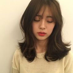 p 553 × 551 Pixel Pelo Ulzzang, Ulzzang Hair, Girl Short Hair, Short Hair Cuts, Middle Hair, Korean Short Hair, Medium Hair Styles, Long Hair Styles, Shot Hair Styles