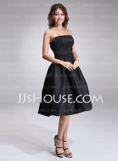 A-Line/Princess Strapless Knee-Length Taffeta Bridesmaid Dress With Ruffle (007001815)