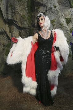 Cruella wedding glamour Maleficent and bens wedding